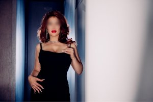 Harriet escort in Deer Park and thai massage