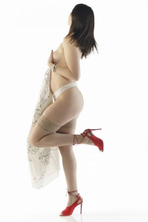 Marie-agathe escort in Amherst, nuru massage