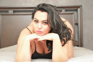 Maeleen live escorts, erotic massage