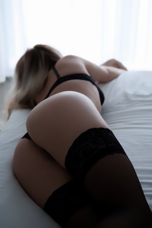 Marie-domitille escort girl